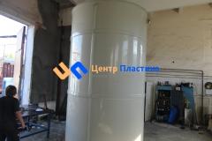 Фото №2. Емкости из ПП Ø 1500 Н 4500 мм на 8 м3 для питьевой воды. (Вид 2)
