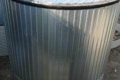 Фото полиэтиленовой емкости для технической воды до 40 градусов, на 15 м3 Ø2400 Н 3400 утепление верхней части емкости (дата 5.09.19)