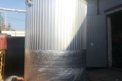 Фото полипропиленовой емкости для питьевой воды до 70 градусов, на 15 м³ Ø2400 Н 3400 начало утепления и облицевания (дата 10.09.19)