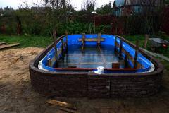 Внешнее бетонирование и внешняя отделка бассейна бессером 2
