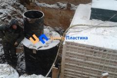 Установка канализационной насосной станции для поднятия стоков в автономную канализацию Юнилос-Астра 100