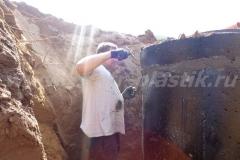 Фото №25 Зачеканка крышка колодца КНС
