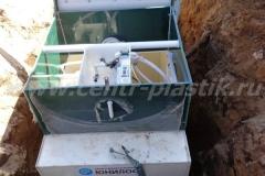 Фото №74 Монтаж автономной канализации Юнилос -Астра 10 в котлован