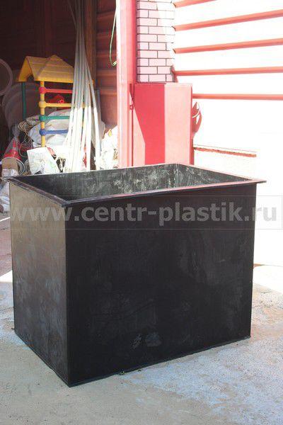 Полиэтиленовая вставка 1,3х0,8х1,2 м в железную ванну для гальванического производства