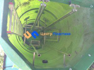 Комплектная стеклопластиковая насосная станция Germes-Plast KNS СП 1,5/5,5 вид внутри
